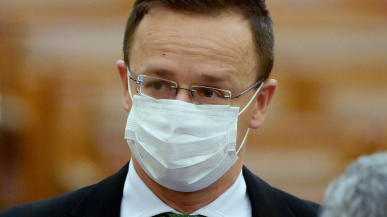 Most Kínából érkezett koronavírus elleni gyógyszer