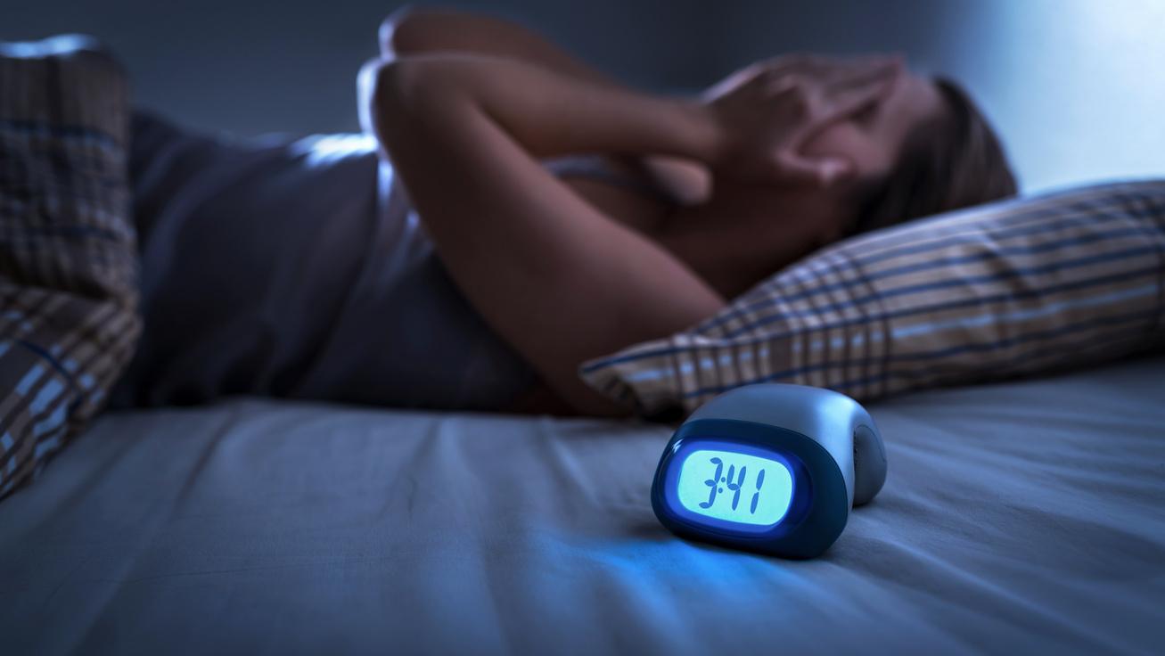 Könnyen elhízhatsz, ha így alszol: 4 fontos dolog, amire érdemes odafigyelni