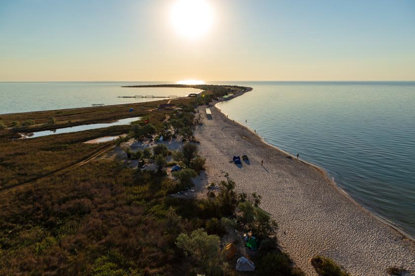 A sziget nyaranta kedvelt turistacélpont, vonzerejét leginkább az itt uralkodó, jóformán háborítatlan nyugalom és a festői táj adja.