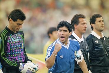 Diego Maradona a Német köztársaság - Argentína közötti világbajnoki döntőben 1990. július 8-án