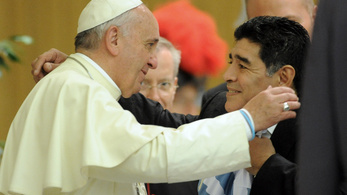 Imába foglalta Maradona nevét Ferenc pápa