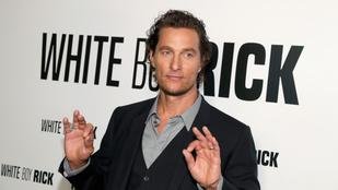Matthew McConaughey imádja levágni a körmét, általában 45 percig bíbelődik vele