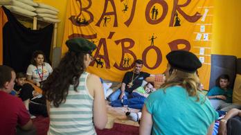 Mentális egészségmegőrzési programot indított a Bátor Tábor a járvány ideje alatt