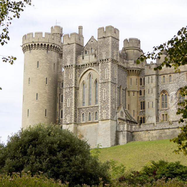 Mesekönyvbe illő középkori kastélyok a világ körül: képeken a 7 legszebb építmény
