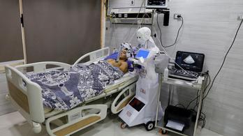 Robot teszteli a pácienseket egy egyiptomi kórházban