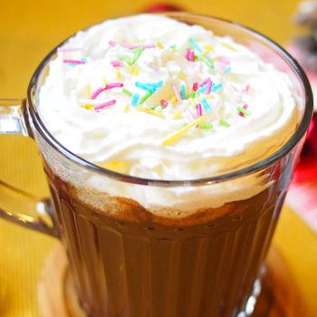A legfinomabb forró csokoládé receptje: így lesz igazán krémes