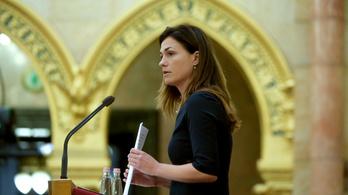 Már álinstaprofilja is van Varga Juditnak, valaki reklámokat küldözget a miniszter nevében
