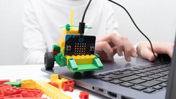 Elveheti a pedagógusok munkáját a mesterséges intelligencia