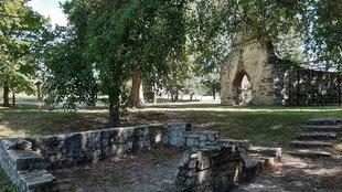 Kövesdi templomrom - Aszófő