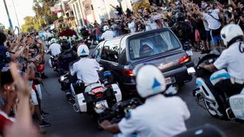 Szűk családi körben temették el Diego Maradonát