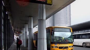 Decembertől sokfelé már nem lehet jegyet venni az autóbusz-vezetőktől