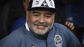 Nem fogyasztott alkoholt és kábítószert halála előtt Maradona