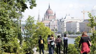 A városi séták a budapesti turizmus nyertesei