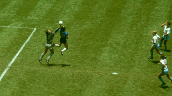 Elképesztő pénzt érhet a mez, amelyben Maradona a két leghíresebb gólját lőtte