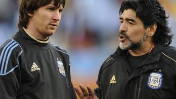 Így játszott együtt Maradona és Messi, a halálos lábteniszpáros – videó