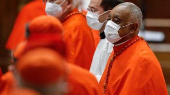 Új bíborosokat nevezett ki Ferenc pápa, köztük az első afroamerikait is