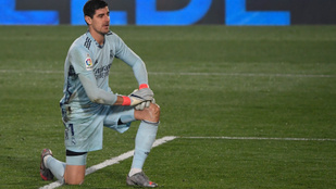 Courtois ismét hatalmasat hibázott, otthon kapott ki a Real Madrid