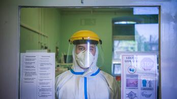Megtiltják az egészségügyi dolgozóknak, hogy a veszélyhelyzet alatt felmondjanak