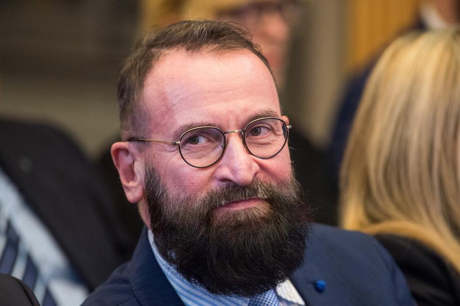 Szájer József lemondott az európai parlamenti képviselői posztjáról