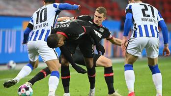 A Hertha ikszelt Leverkusenben, Dárdai negyedórát kapott