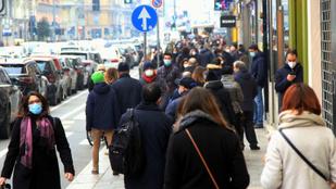 Az enyhítés első napján tömegek lepték el Milánó és Torinó belvárosát