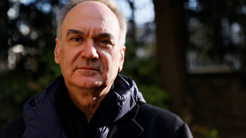 Hervé Le Tellier lett az idei Goncourt-díjas