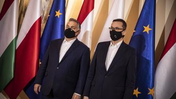 Orbán Viktor misével kezdte a reggelt Varsóban