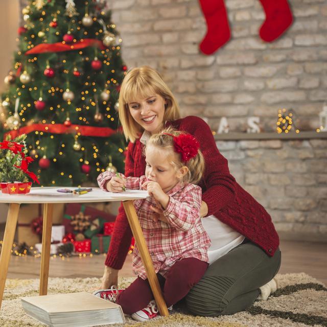 10 cuki letölthető karácsonyi színező: kicsiknek és nagyoknak egyaránt jó szórakozás