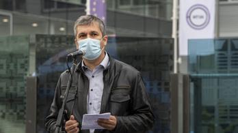 Hadházy szerint a koronavírus egy szövődményét tüntették fel alapbetegségként egy elhunytnál