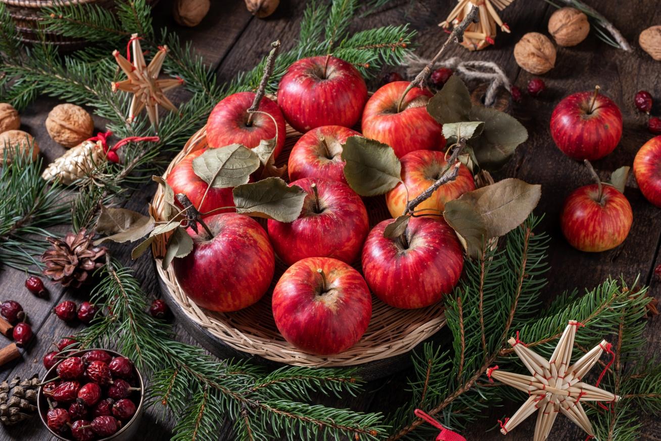 alma karácsony