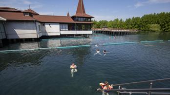 Müller Cecília állásfoglalása után bezárták a hévízi tófürdőt
