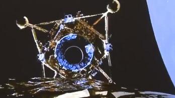 Leszállt a Holdra a kínaiak űrszondája