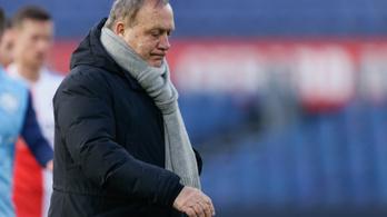 Hetvenhárom évesen visszavonul a hollandok legendás vezetőedzője