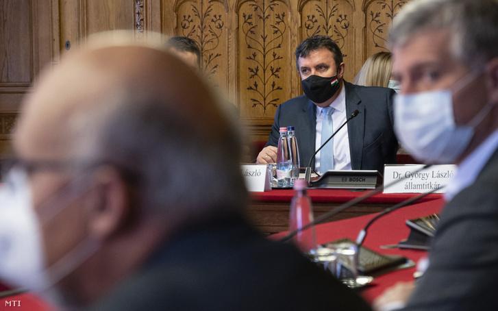 Palkovics László innovációs és technológiai miniszter meghallgatásán az Országgyűlés gazdasági bizottságának ülésén