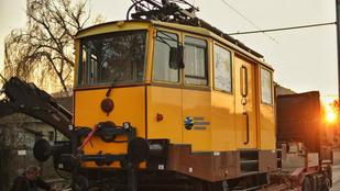 Lázár János: Kész a villamoshálózat Szeged és Hódmezővásárhely között