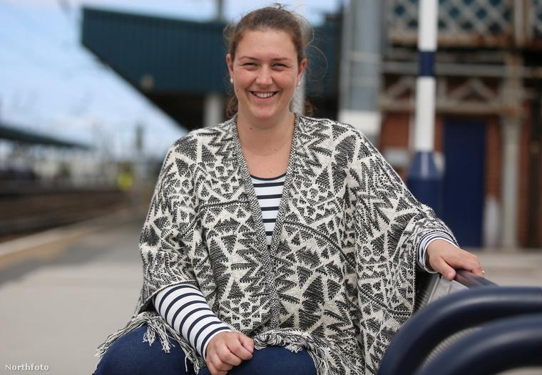 Az utóbbi négy évben arra is rájöttek, hogy van még egy féltestvérük is, ő a 28 éves Amy, aki Doncasterben lakik