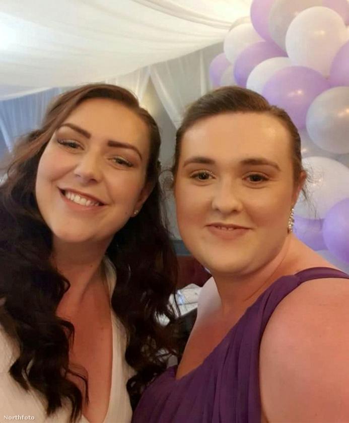A nővérek 2016-ban találtak egymásra, azóta olyan jóba vannak, hogy Lisa tavalyi esküvőjén Rebecca volt testvére koszorúslánya