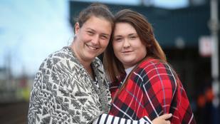 Ez a két nő épp az apjukat kereste, amikor rájöttek, hogy nővérek