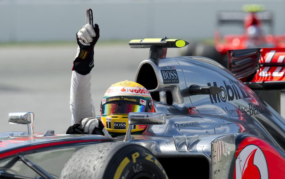 Kanadában Lewis Hamilton örülhetett, hiszen remekül versenyezve megnyerte a futamot, ráadásul két ponttal a világbajnoki pontversenyben is átvette a vezetést Fernando Alonso előtt.