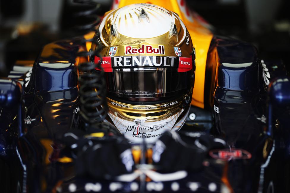 Sebastian Vettel a magyar verseny időmérő edzésén a harmadik helyet vitte el, de a dobogóra már nem fért fel, negyedik lett a nagy rivális Alonso előtt.