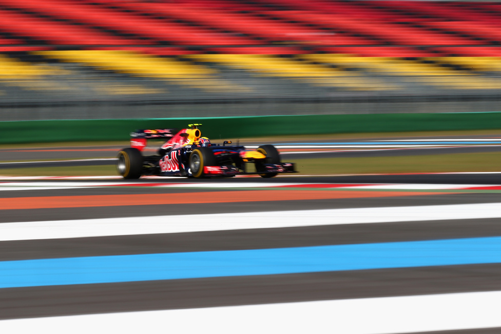 A Red Bull végig uralta a koreai versenyt. Vettel a csapattársa, Webber előtt ért célba, és hónapok után átvette a vezetést a világbajnoki pontversenyben, azok után, hogy 44 pontos hátrányban volt a szezon felénél Alonsóval szemben.