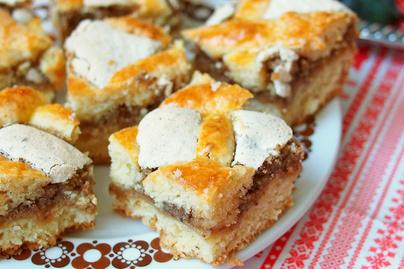 Habos, karácsonyi lekváros-diós rácsos süti – Rögtön két tepsivel süss belőle