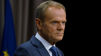 Donald Tusk: a Fidesz nem illik bele az Európai Néppártba