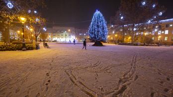 Baranyába már megérkezett az ónos eső, Zalába a hó