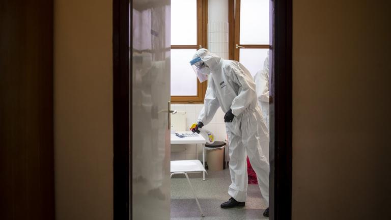 Tegnap óta 182-en haltak bele a járványba