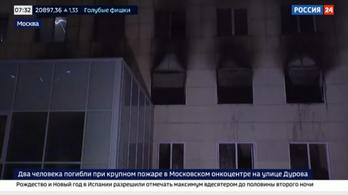 Két ember meghalt egy kigyulladt orosz kórházépületben