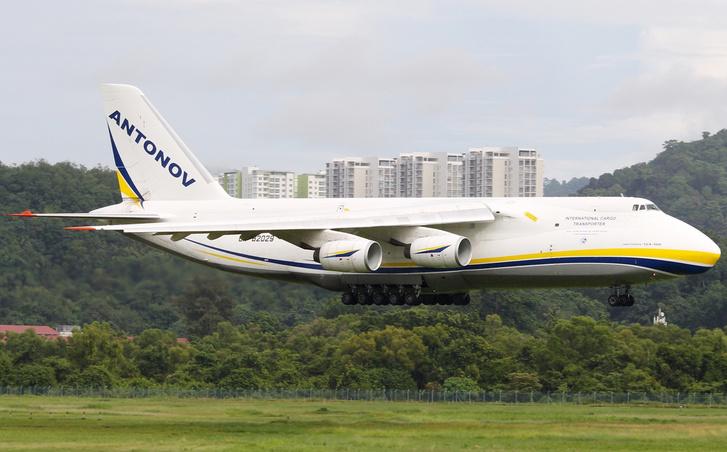 Ilyen Antonov 124-eseket bérel a Bentley a zavartalan alkatrészellátás érdekében