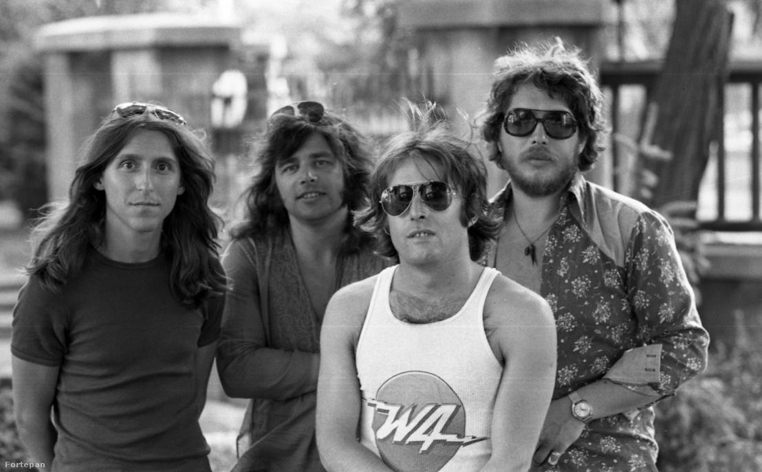Az LGT együttes 1976ban: Karácsony János, Somló Tamás, Laux József, Presser Gábor.