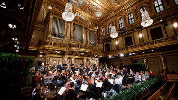 Koncertezik újévkor a Bécsi Filharmonikusok, de csak a tévében
