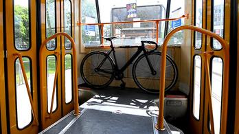 Díjmentes marad a kerékpárszállítás a budapesti járatokon